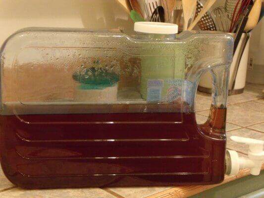 Ice Tea Jar Iced Tea in Slimline Container